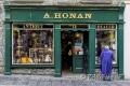 People-Menschen-Iren-irische-Haeuser-Haus-Fassaden-Pubs-Laeden-Laden-Geschaefte-Irland-Streetfotografie-A-Sony_DSC2430