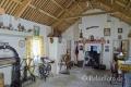 Wohnraum-Wohnräume-Wohnhaeuser-Wohnhaus-Museumsdorf-Dorf-altes-Irland-irische-Kultur-historische-A_SAM4753