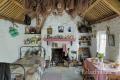 Wohnraum-Wohnräume-Wohnhaeuser-Wohnhaus-Museumsdorf-Dorf-altes-Irland-irische-Kultur-historische-A_SAM4756