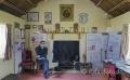 Wohnraum-Wohnräume-Wohnhaeuser-Wohnhaus-Museumsdorf-Dorf-altes-Irland-irische-Kultur-historische-A_SAM4760