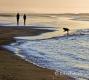Landschaften-Wild-Atlantic-Way-Spaziergaenger-Strandspaziergang-Abendstimmung-Meereskueste-Nordkueste-Irland-Nordirland-irische-nordirische-A_SAM4611