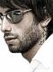 mann-lifestyle-stoppelbart-portrait-portraet-sonnenbrille-spiegelglas-g_o1i4323